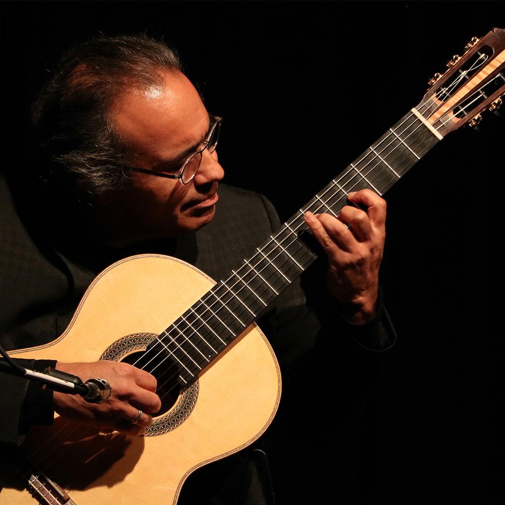 Alfredo Muro at Siempre La Guitarra