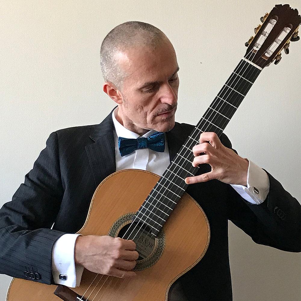Fabio Montomoli at Siempre La Guitarra